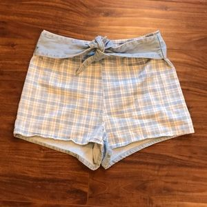 BDG urban outfitters 10 blue/white plaid tie short